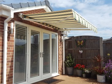 patio awning half cassette